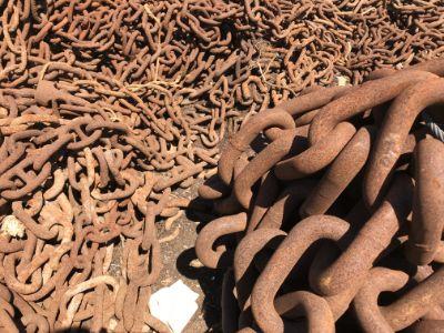 thumb-boat-chain